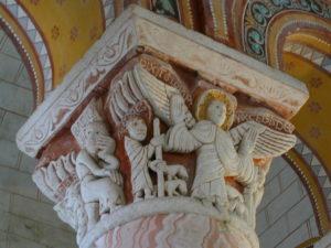 Chauvigny 柱頭彫刻