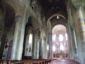 St.Saturninの身廊