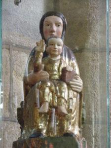 St.Saturnin 彫像