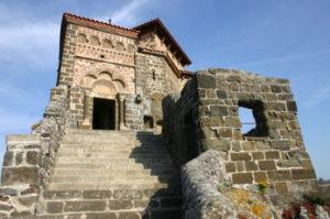 Le Puy / St.Michel d`Aiguilhe 教会堂正面
