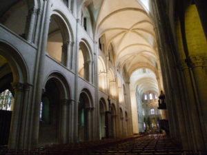 Caen St.Etienne 身廊