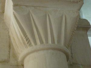 Quillebeuf sur Seine 柱頭彫刻