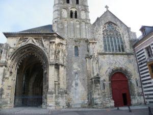 Montivilliers 教会堂正面