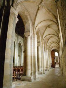 Montivilliers 側廊