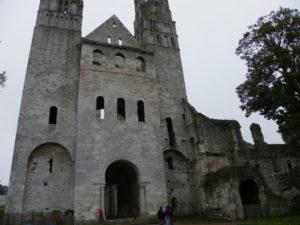 Jumieges 教会堂正面