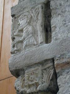 Tournus 彫刻