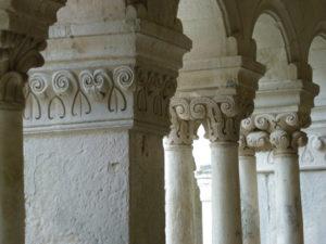 Senanque 柱頭彫刻