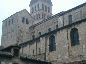Tournus 教会堂側面
