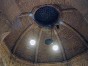 Dijon クリプト天井