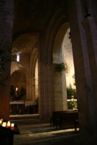 la Garde Adhemar 側廊