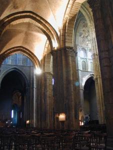 Paray le Monial 側廊