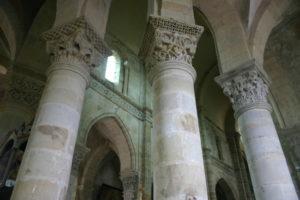 St.Menoux 周歩廊