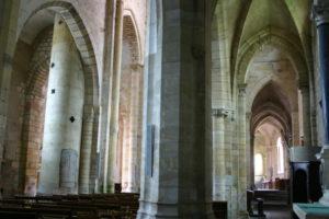 St.Menoux 側廊