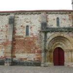 Agonges 教会堂側面