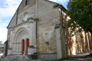 Lescar 教会堂正面