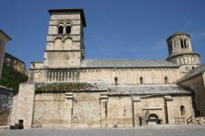 Cruas 教会堂側面