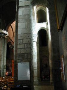 St.Leonard de Noblat 側廊