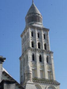 Perigueux 塔