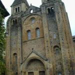 Conques 教会堂正面