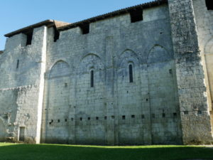 St.Privat des Pres 教会堂側面