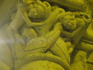 St.Amand de Coly 柱頭彫刻