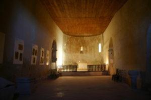 St.Plancardの教会堂内部