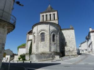 Montmoreau St.Cybardの後背部