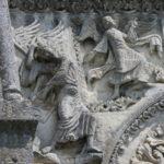 Angoulemeのファサード彫刻