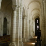 Chateauneufの側廊