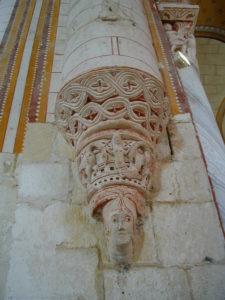 Chauvignyの彫刻