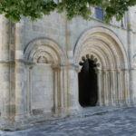 Montmoreau St.Cybardの扉口