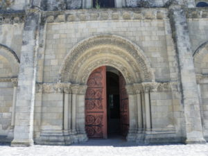Chateauneufの扉口