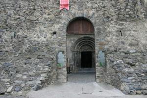Luz St.Sauveurの教会堂正面
