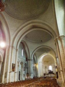Angoulemeの身廊