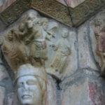 St.Just de Valcabrere の扉口彫刻