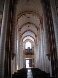 Chauvignyの身廊