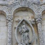 Riouxのファサード彫像