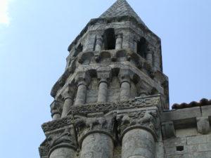 St.Jouin de Marnesの塔