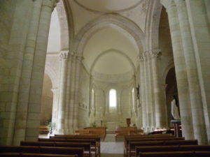 Talmont sur Girondeの身廊