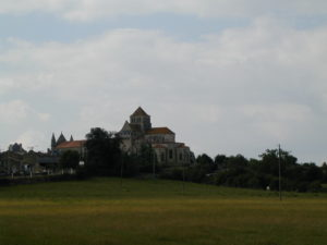 St.Jouin de Marnesの全景