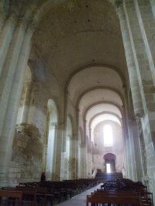 St.Amant de Boixeの身廊