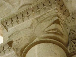 Aulnayの柱頭彫刻