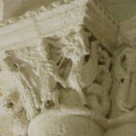 Talmont sur Girondeの柱頭彫刻
