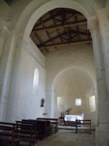 St.Colombeの内陣