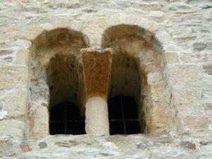 Les Clusesの窓