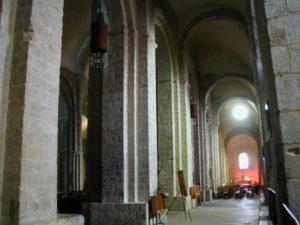 Elneの側廊