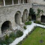 Le Canigouの回廊