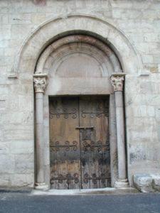 Villefranche de Conflentの扉口