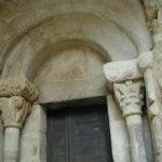 Rieux Minervoisの扉口