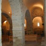 Les Clusesの側廊